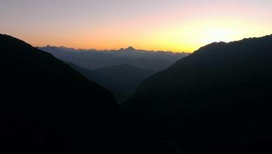 Sonnenuntergang über den Stubaier Alpen