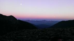 Sonnenaufgang über den Stubaier Alpen